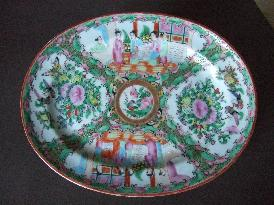 Chinese Export Rose Canton Famille platter
